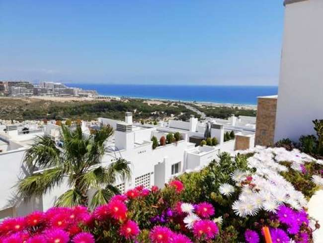 Luxury 2 bed apartment with full air-con 2 pools Wi-Fi and sea views